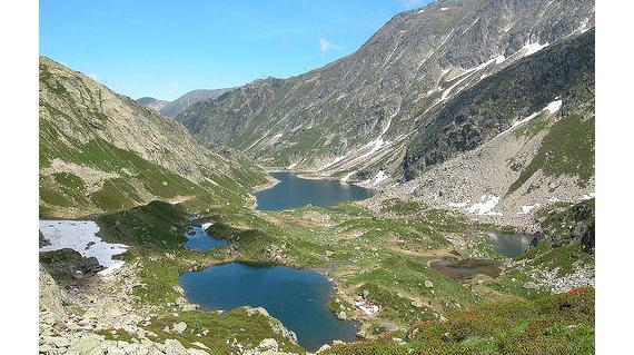 Mountain refuge, hike and yoga